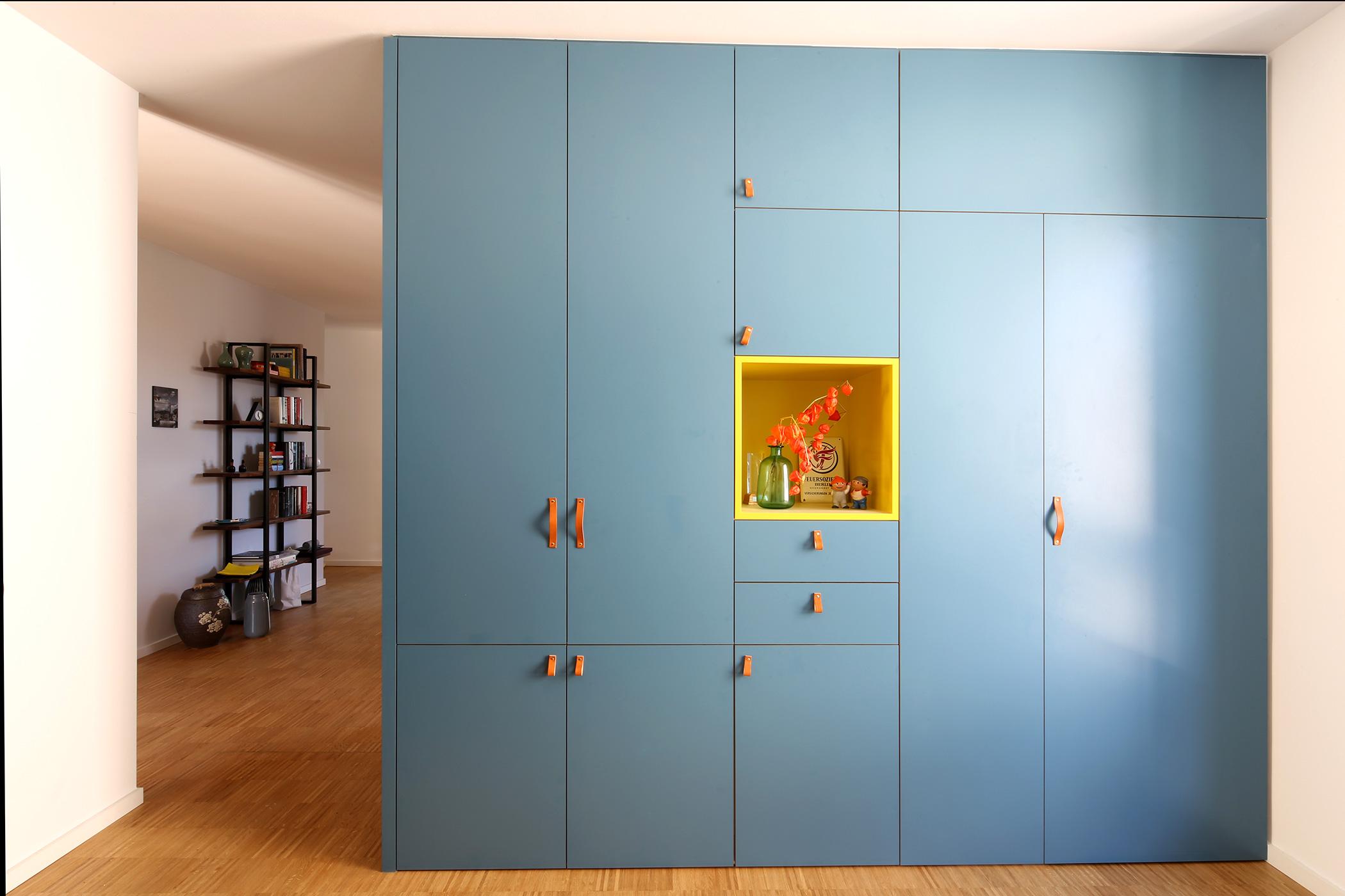 2b bbene tischlerei und schreinerei aus k ln. Black Bedroom Furniture Sets. Home Design Ideas